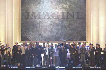 The entire cast on stage at the Lennon Tribute on TNT